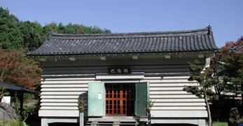 3.鶏足寺(己高閣・世代閣)