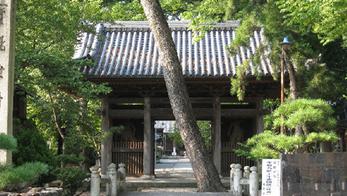 8.向源寺(渡岸寺観音堂)