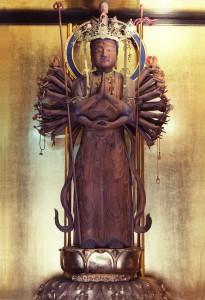 高月観音堂(大円寺) 十一面千手観音立像