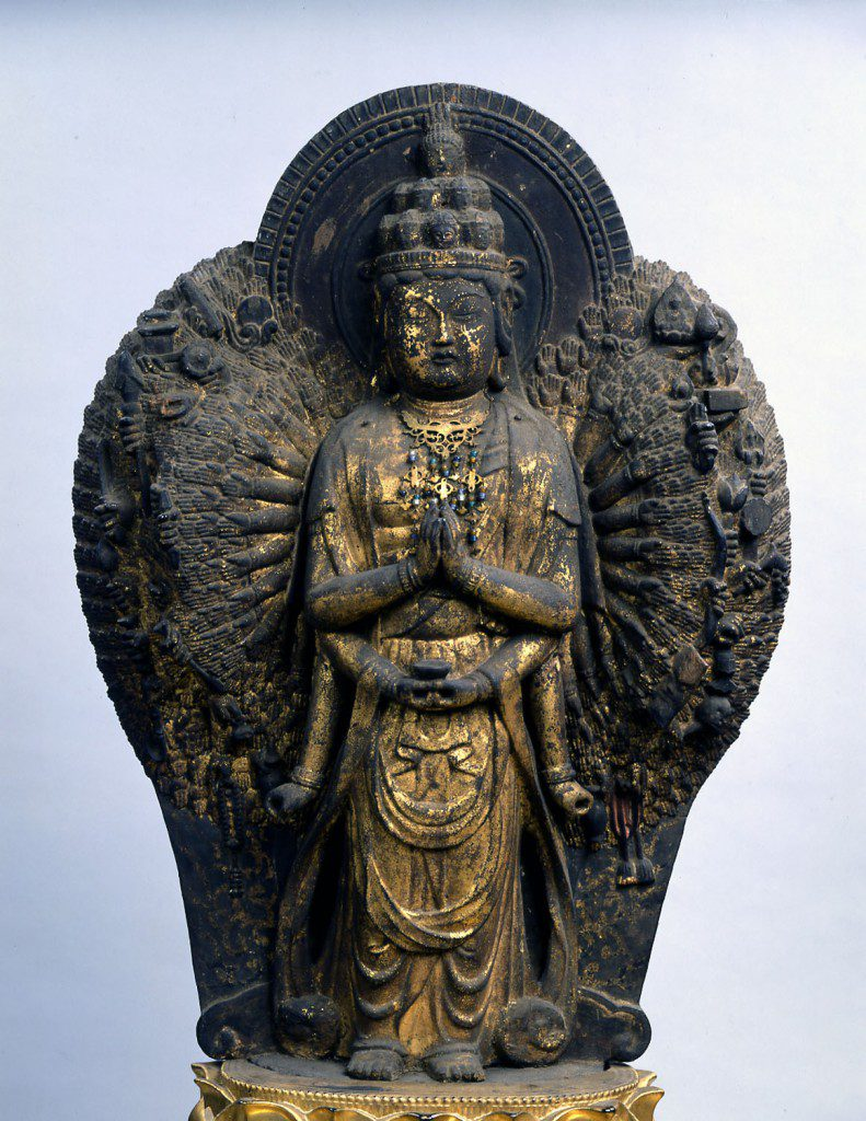 Jinsho-ji Temple   Statue of Standing Hanniku-bori Thousand-armed Kannon