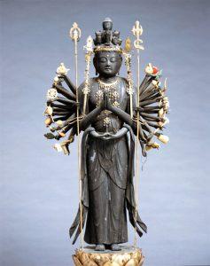 総持寺 聖観音立像・十一面観音立像・千手観音立像